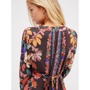 Free People Tops - FP Violet Hill Printed Tunic Night V-Neck Mini 0